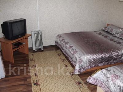 7-комнатный дом посуточно, 170 м², 11 сот., Зеленая 16 за 4 000 〒 в Бурабае — фото 4