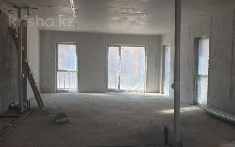 3-комнатная квартира, 100 м², 1/3 этаж, Аль- Фараби 116/1 за 77.9 млн 〒 в Алматы, Медеуский р-н