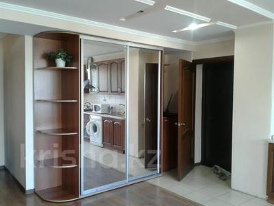 2-комнатная квартира, 45 м², 6/9 этаж посуточно, Жибек жолы 81 — Абылай хана за 10 000 〒 в Алматы, Алмалинский р-н