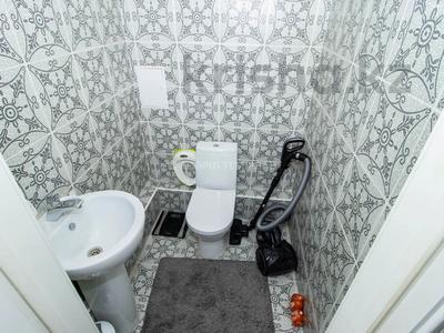 4-комнатная квартира, 100 м², 2/18 этаж, Навои — Торайгырова за 50 млн 〒 в Алматы, Бостандыкский р-н — фото 7