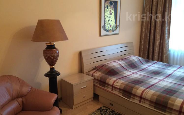 2-комнатная квартира, 68 м², 2/18 этаж, Гагарина за 27 млн 〒 в Алматы, Бостандыкский р-н