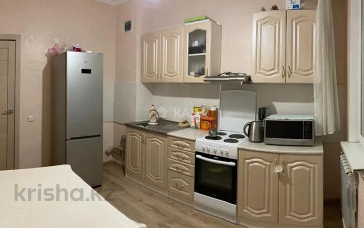 1-комнатная квартира, 46 м², 5/10 этаж, Жибек жолы 5 за 14.1 млн 〒 в Усть-Каменогорске
