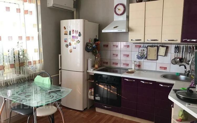 1-комнатная квартира, 58.2 м², 7/9 этаж, Бокенбай батыра за 9.5 млн 〒 в Актобе, Новый город