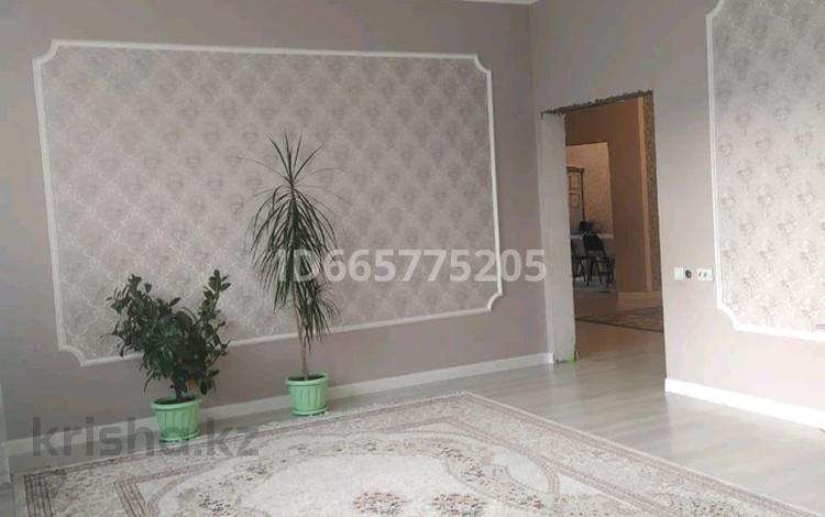 5-комнатный дом, 165 м², 8 сот., Туймебая Алпамыс батыр за 22 млн 〒 в Туймебая
