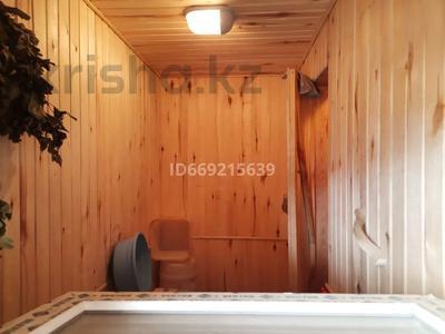 2-комнатный дом, 96 м², 8 сот., Мкр Радиозавод И14 за 15.8 млн 〒 в Павлодаре