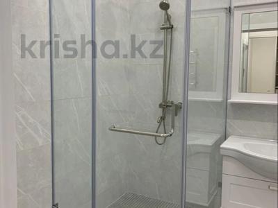 1-комнатная квартира, 45 м², 10/12 этаж посуточно, Алиби Жангелдин 67 за 20 000 〒 в Атырау