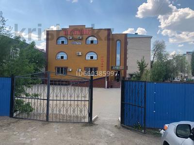 Здание, площадью 428 м², Макаренко 5А — Рыскулова за 45 млн 〒 в Актобе