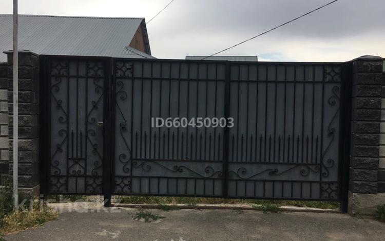 3-комнатный дом, 111 м², 9 сот., мкр Дархан 43 за 25 млн 〒 в Алматы, Алатауский р-н