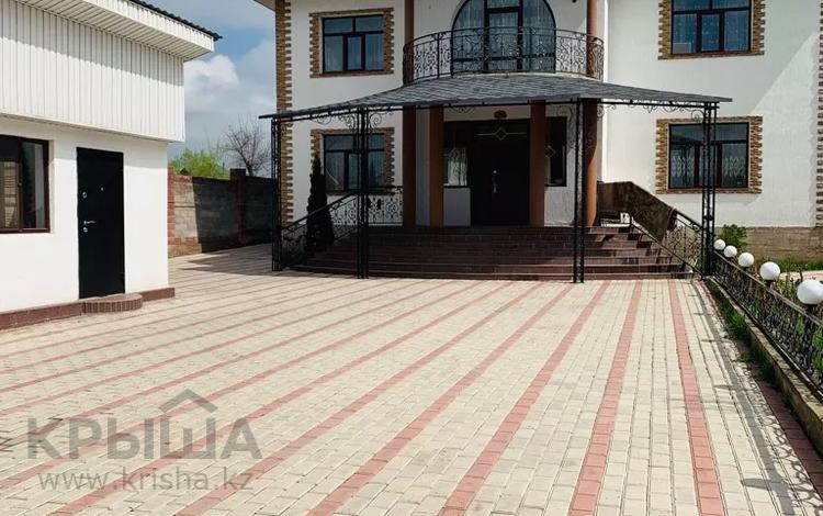 7-комнатный дом, 380 м², 8 сот., Адильбекова 27 за 80 млн 〒 в Алматы