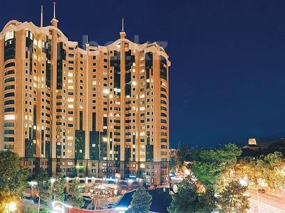 2-комнатная квартира, 80 м², 10/22 этаж, Кабанбай батыра — проспект Абылай Хана за 70 млн 〒 в Алматы, Алмалинский р-н