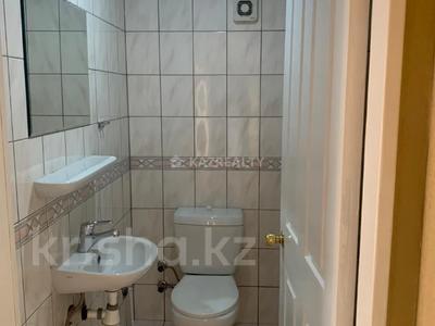 2-комнатная квартира, 70 м², 5/9 этаж, Мкр Самал за 26 млн 〒 в Нур-Султане (Астана), Сарыарка р-н — фото 5