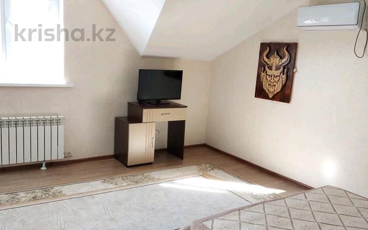 1-комнатная квартира, 45 м², 2/2 этаж на длительный срок, 18микр 19 за 90 000 〒 в Капчагае