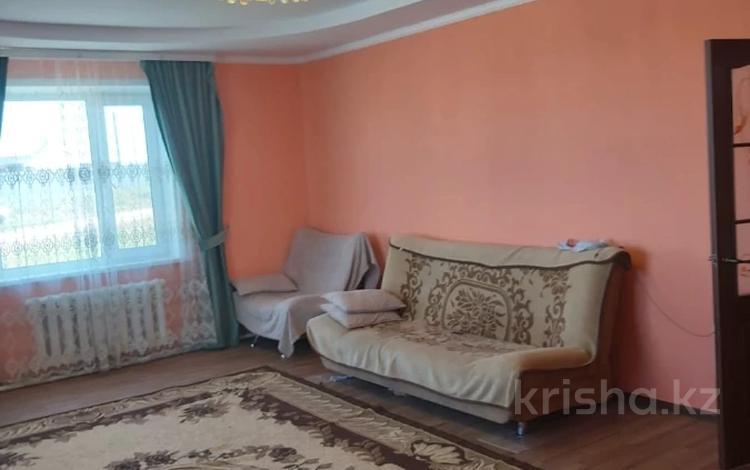 4-комнатный дом, 117 м², 10 сот., Мкр Северный 1466 за 19 млн 〒 в