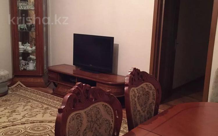 2-комнатная квартира, 69.5 м², 1/2 этаж, Самал 50 за 18.5 млн 〒 в Алматы, Алатауский р-н
