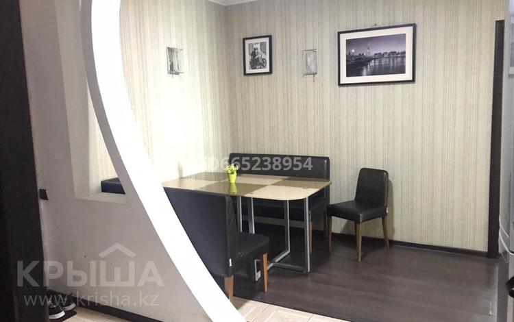 3-комнатная квартира, 75 м², 20/25 этаж, 11 Мкр 112 за 17.5 млн 〒 в Актобе
