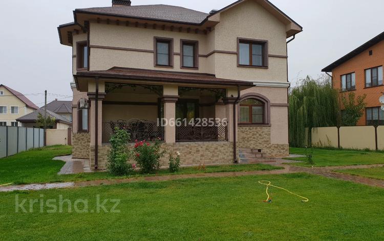 7-комнатный дом, 306 м², 12 сот., Ак Жунис за 83 млн 〒 в Западно-Казахстанской обл.