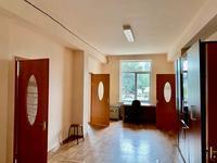 10-комнатный дом помесячно, 270 м², 8 сот.