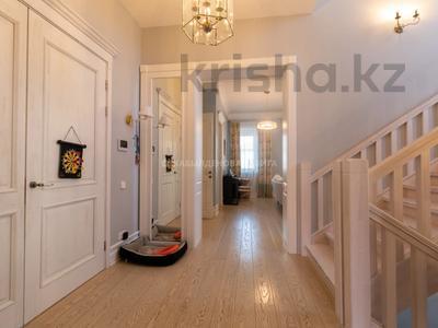 9-комнатный дом, 364.3 м², 9.3 сот., Ивана Панфилова за 399 млн 〒 в Нур-Султане (Астана), Алматы р-н — фото 3