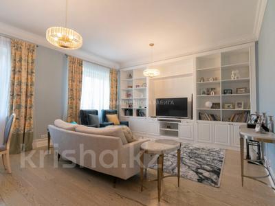 9-комнатный дом, 364.3 м², 9.3 сот., Ивана Панфилова за 399 млн 〒 в Нур-Султане (Астана), Алматы р-н