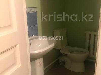 1-комнатный дом помесячно, 18 м², Куат 22 — Абылай хана за 35 000 〒 в  — фото 3