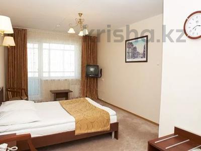 2-комнатная квартира, 55 м², 6/9 этаж посуточно, 1 Мая 25 — Кайрбаева за 8 500 〒 в Павлодаре