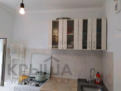 2-комнатная квартира, 46 м², 5/5 этаж, 6мкр 19 за 10 млн 〒 в Таразе