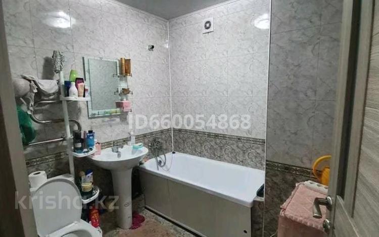 3-комнатная квартира, 65 м², 2/5 этаж, мкр Айнабулак-2 60 за 28.5 млн 〒 в Алматы, Жетысуский р-н