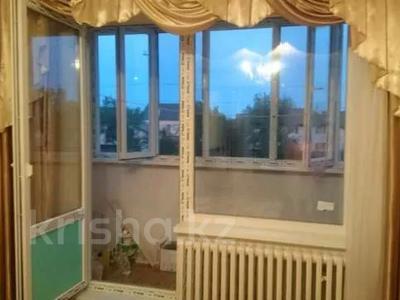 1-комнатная квартира, 43 м², 2/9 этаж помесячно, 5 мкр 20 за 80 000 〒 в Аксае — фото 4