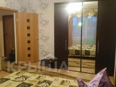 1-комнатная квартира, 43 м², 2/9 этаж помесячно, 5 мкр 20 за 80 000 〒 в Аксае — фото 6
