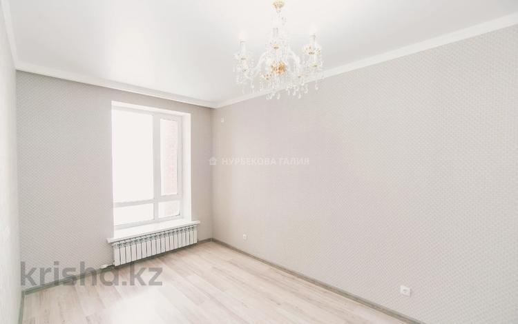 1-комнатная квартира, 37 м², 5/9 этаж, 22-4-ая 3 за 15 млн 〒 в Нур-Султане (Астана), Есиль р-н