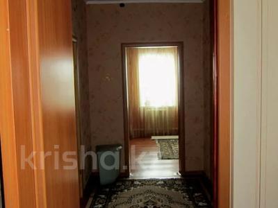 5-комнатный дом, 110 м², 6 сот., Петрозаводская за 18 млн 〒 в Караганде, Октябрьский р-н — фото 8