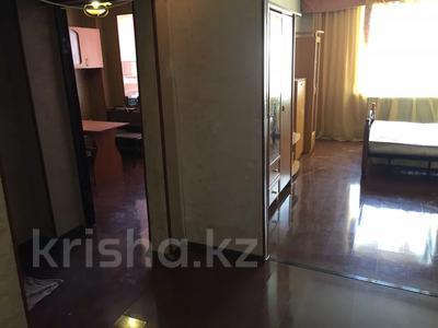 1-комнатная квартира, 42 м², 12/12 этаж, проспект Абая 159А за 6.5 млн 〒 в Таразе — фото 2