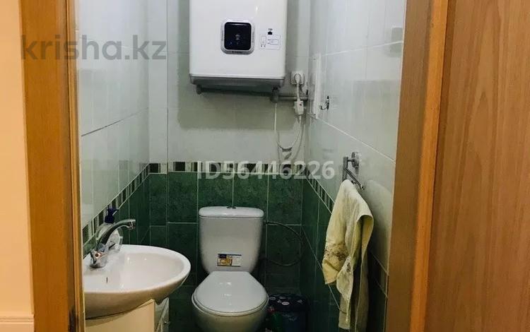 3-комнатная квартира, 98 м², 3/11 этаж помесячно, 11-й мкр за 200 000 〒 в Актау, 11-й мкр
