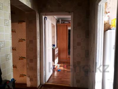 3-комнатная квартира, 54 м², 1/2 этаж, Рыжова 126 за 3.5 млн 〒 в Петропавловске
