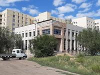 Здание, площадью 2700 м²