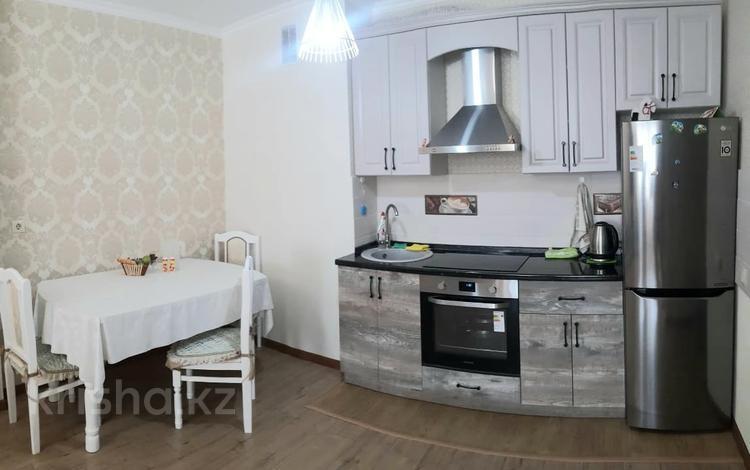 2-комнатная квартира, 43.5 м², 4/9 этаж, 38-ая улица 30 — 38-ая с улы дала за 17.3 млн 〒 в Нур-Султане (Астана), Есиль р-н
