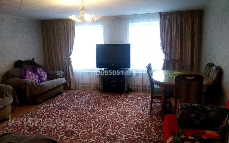 3-комнатный дом, 70 м², 4 сот., Гагарина 77 — Жумабаева за 15 млн 〒 в Семее