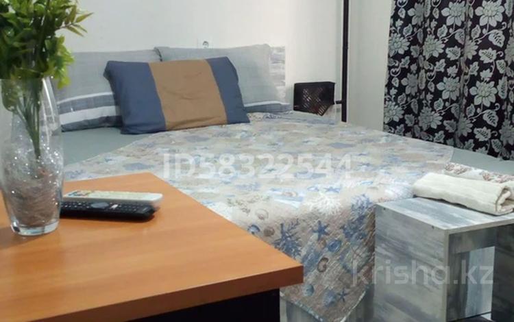 1-комнатная квартира, 50 м² посуточно, Медеуский р-н, мкр Думан-2 за 6 000 〒 в Алматы, Медеуский р-н