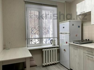 1-комнатная квартира, 31 м², 1/4 этаж, мкр №11, Мкр №11 за ~ 15.5 млн 〒 в Алматы, Ауэзовский р-н