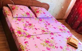 1-комнатная квартира, 46 м², 5 этаж по часам, Абулхаиыр хана 30 — Пацаева за 3 000 〒 в Актобе