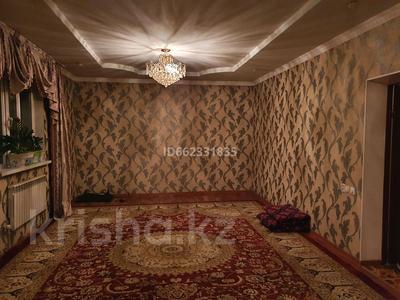 8-комнатный дом, 250 м², 10 сот., Астана 34 за 25 млн 〒 в Береке