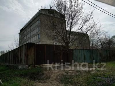 Здание, площадью 8742 м², Центральная 1 за 340 млн 〒 в  — фото 6