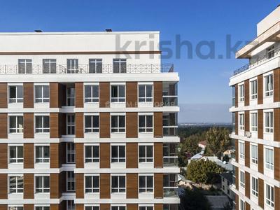 3-комнатная квартира, 100 м², 5/10 этаж, Кабанбай Батыра за 70 млн 〒 в Алматы, Медеуский р-н — фото 15