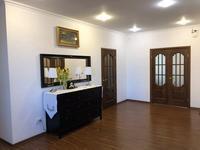 6-комнатный дом, 311 м², 10.24 сот.