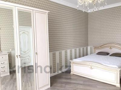 2-комнатная квартира, 74 м², 7 этаж помесячно, проспект Мангилик Ел 50 за 150 000 〒 в Нур-Султане (Астана), Есильский р-н — фото 10