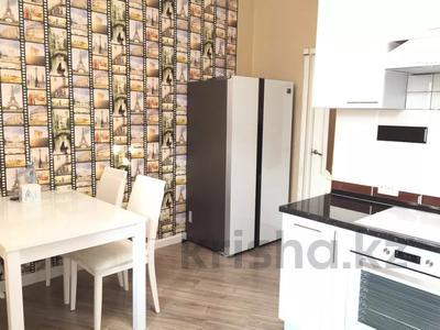 2-комнатная квартира, 74 м², 7 этаж помесячно, проспект Мангилик Ел 50 за 150 000 〒 в Нур-Султане (Астана), Есильский р-н — фото 2