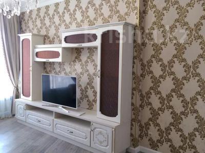 2-комнатная квартира, 74 м², 7 этаж помесячно, проспект Мангилик Ел 50 за 150 000 〒 в Нур-Султане (Астана), Есильский р-н — фото 4