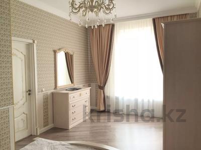 2-комнатная квартира, 74 м², 7 этаж помесячно, проспект Мангилик Ел 50 за 150 000 〒 в Нур-Султане (Астана), Есильский р-н — фото 8