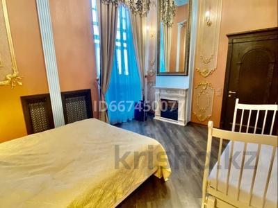 3-комнатная квартира, 95 м², 2/4 этаж, Ержанова 18/6 за 55 млн 〒 в Караганде, Казыбек би р-н
