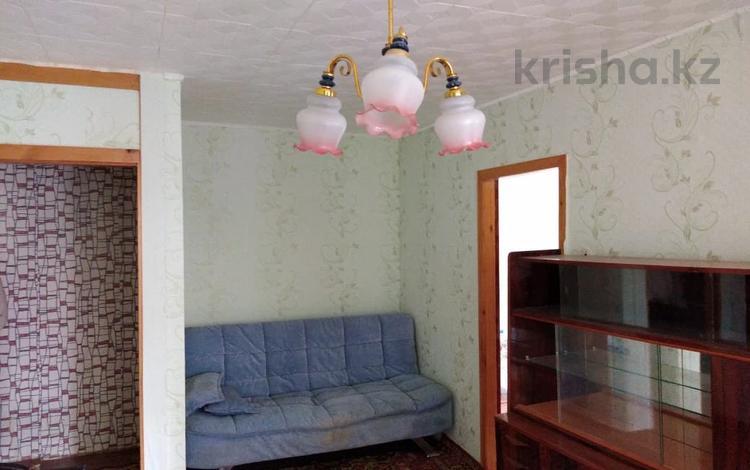 3-комнатная квартира, 49 м², 2/5 этаж, проспект Евразия за 11 млн 〒 в Уральске